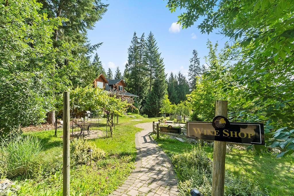 2302 Skimikin Road,, tappen, British Columbia